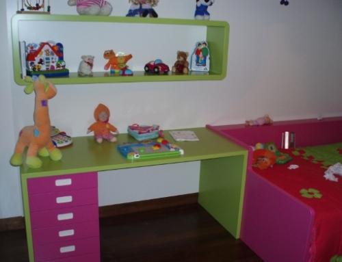 Mobília de Quarto de Criança Lacada em Várias Cores